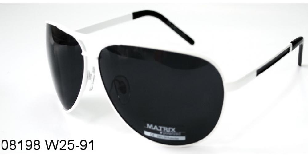 Matrix Polarized 08198